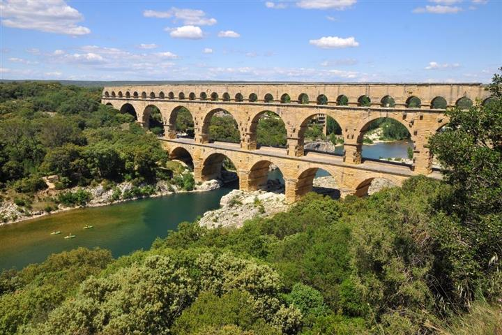Le Pont du Gard , près de Nîmes