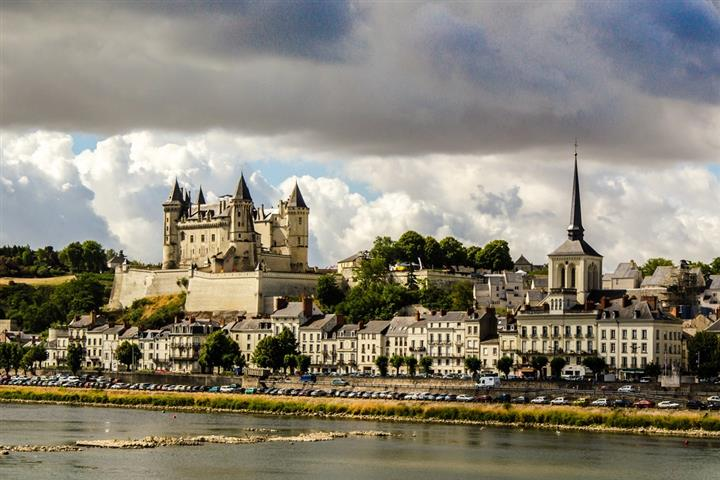 The banks of the Loire at Saumur