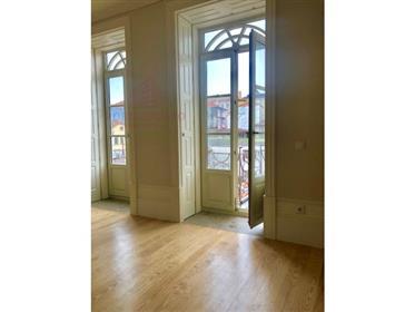 Apartamento remodelado T1 Baixa do Porto | junto á Avenida A...