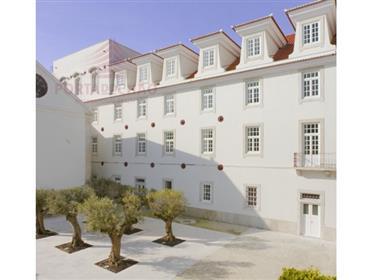 Apartamento T4 Palácio  dos Inglesinhos | Principe Real