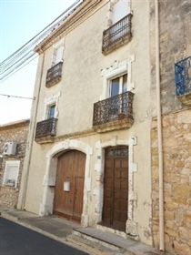 Historic fully renovated house with 5 bedrooms, self-contain...