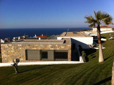 Moradia de luxo com vistas panorâmicas sobre o mar