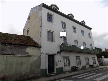 Hotel para restauro na zona oeste – boa localização