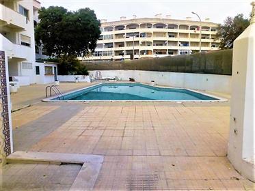 Apartamento T2 em Albufeira com piscina