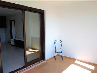Apartamento T1+1 em Albufeira com vista mar