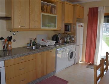 Apartamento T3 em condomínio privado com piscina - São Mar...
