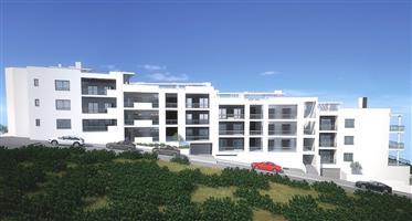 Apartamentos T3 - Bloco 1 - em construção na praia da Nazaré.