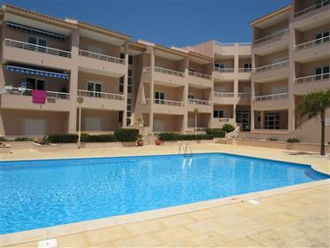 Apartamento Duplex com excelentes vistas de mar em São Marti...