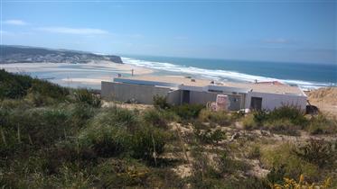 Terreno para construção com excelente vista de mar e Lagoa