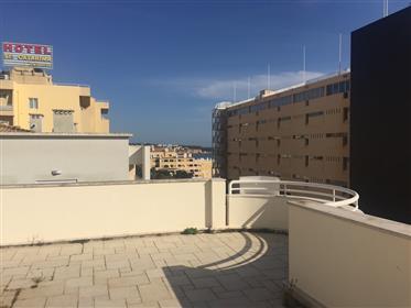 Penthouse T3+1 na primeira linha - Praia da Rocha, Portimão