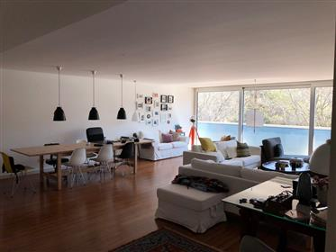 Apartamento T2 de Luxo com vista para o jardim da Fundação G...