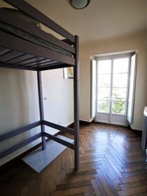 Appartement  107 m² -   5 pièces -   Nantes        43...
