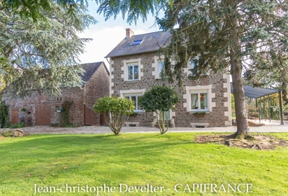 4 bedroom renovated stone house on 3,5 acre land with stone outbuilding