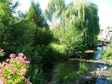 3 houses 336 m2 80 m2 and 80 m2 garden land between Roanne and Vichy