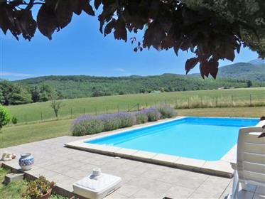 Country house 146m2 on 2 500m2 of land with swimming pool and magnificent views Pyrenees and Montseg