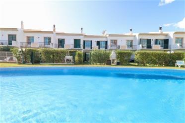 Moradia V3 com piscina em Albufeira , Algarve