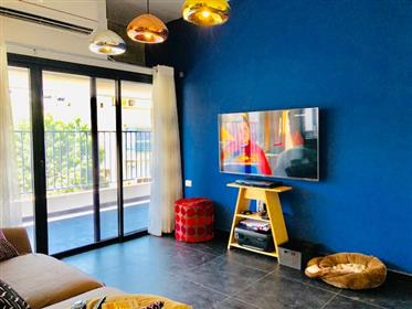 2.5 rooms renovated apt in tel aviv center