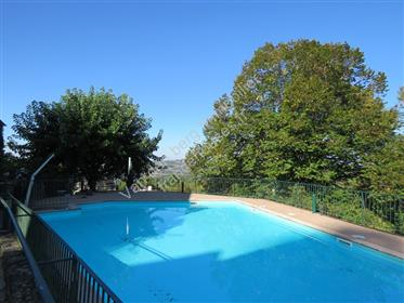 Charming business opportunity in Ayen.