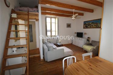 Befindet sich diese besondere und helle Zweizimmerwohnung im ersten Stock