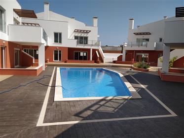 T2 com piscina no Burgau - Lagos