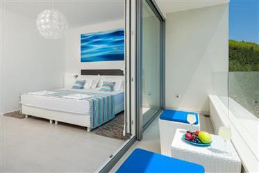Luksuzna nekretnina : 402 m²