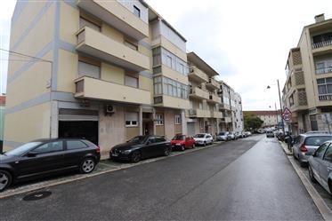 Apartamento com charme - T2 - Arrendamento - Ajuda, Lisboa