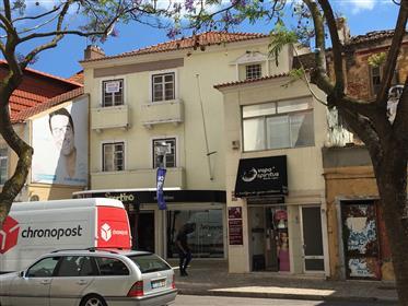 2 Predios Comercial e habitacional no Centro Historico de Setubal