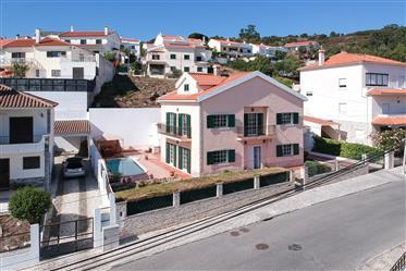 House T5 with 3 floors I Pool I Garage Covered for 3 Cars I Caneças - Lisbon