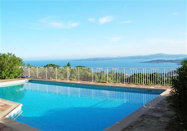 Exklusive Villa mit herrlichem Blick aufs Meer und auf die Bucht von Saint Tropez