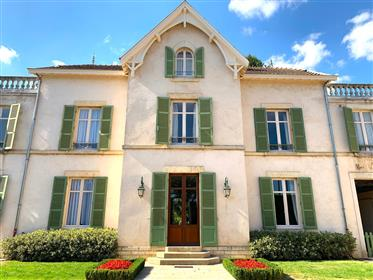 Stunning property – Premium location in Beaune