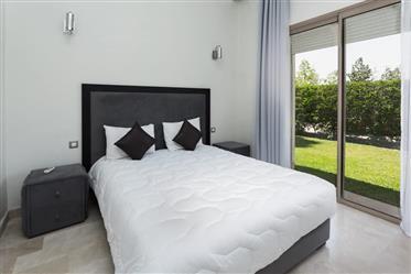 Coquette villa meublée à vendre à Marrakech Route de Fès