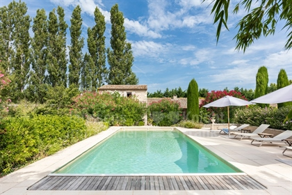Historic house for sale in Eygalières
