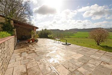 Absolutely charming stone farmhouse in an acre, Castelsagrat, Tarn et Garonne