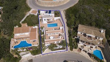 Villa de luxe avec vue imprenable sur Cala Llonga, Menorca