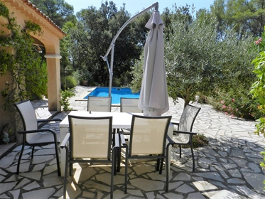 Villa: 4 bedrooms, gym in peaceful surroundings in Flayosc