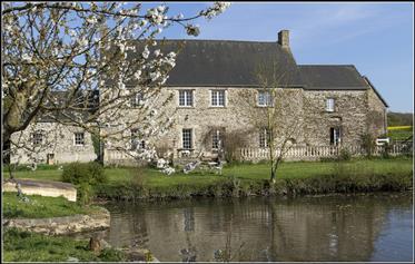 Ancien Corps De Ferme Xviii A 10 Minutes De Bayeux
