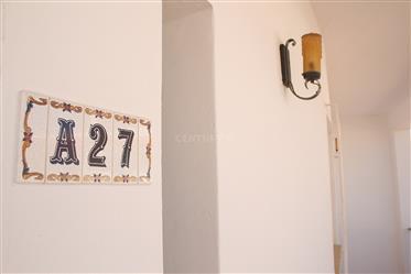 Apartamento T2+1 remodelado, em Zona Central de Albufeira