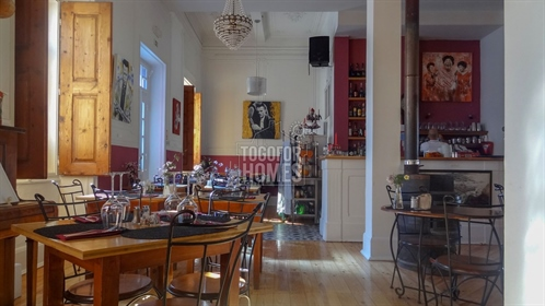 Well established, successful grand café and restaurant in to...