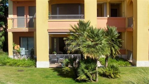 Oportunidade de Investimento: Apartamentos T3 num Golf Resor...