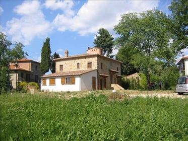 Vendesi Stein und Backstein Bauernhaus, komplett renoviert