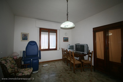 Bettolle on sale single house on two levels of 221 square