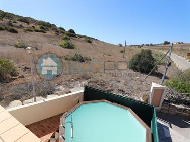 Moradia de 2+1 quartos com uma pequena piscina e vistas encantadoras para o campo em Burgau - Sunpoi