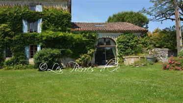 Maison De Campagne Avec Beaucoup De Charme- 290M2-   -  Vue-...