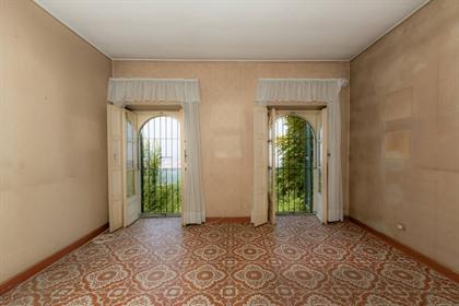 Hus: 1251 m²