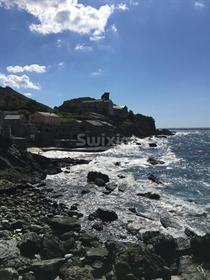 Maison pied dans l'eau Cap Corse