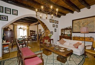 Moradia tradicional portuguesa com terreno de 2.300 m2 - Vilar, Cadaval