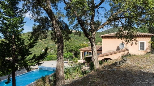 Grimaud, villa soleil