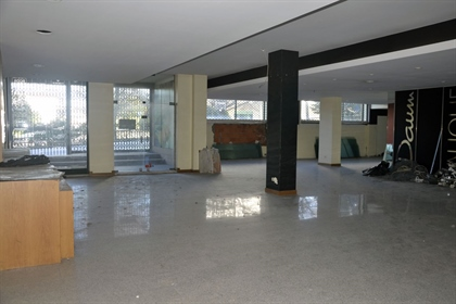 Loja 780 m2, Frente ao Hotel Ipanema Park