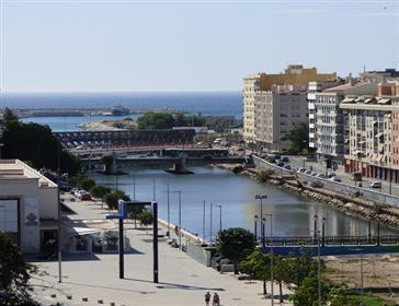 Gran piso duplex en venta . Málaga