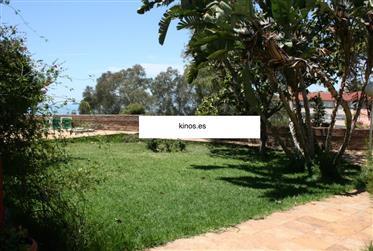 Βίλα στην πρώτη γραμμή της παραλίας στη Μάλαγα, El Candado, προς πώληση! Το ακίνητο των 5